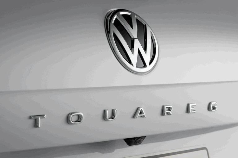 2018 Volkswagen Touareg 480366
