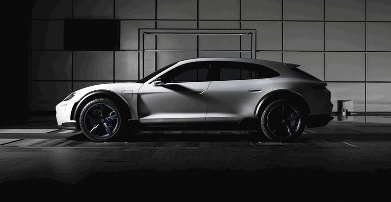 2018 Porsche Mission E Cross Turismo concept 481428