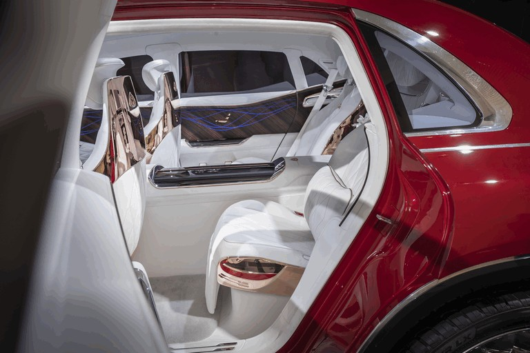 2018 Mercedes-Maybach Ultimate Luxury Vision 481690
