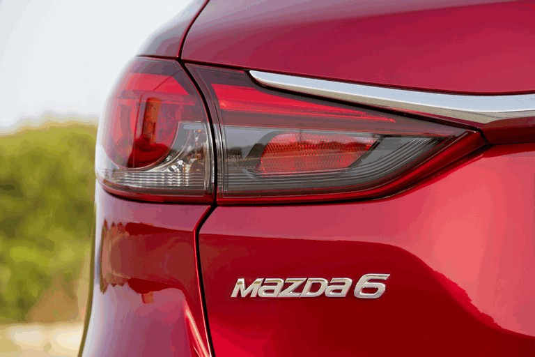 2018 Mazda 6 wagon 488820