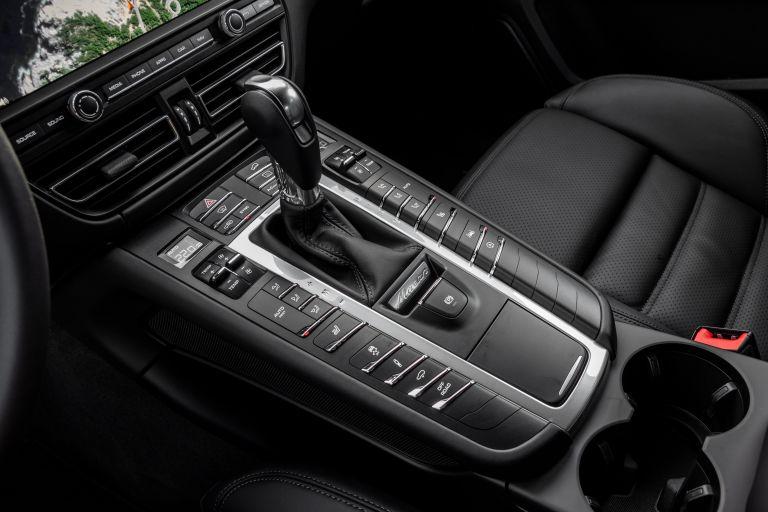 2018 Porsche Macan 520017