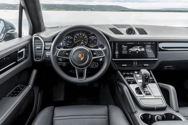 2019 Porsche Cayenne E-hybrid 491415