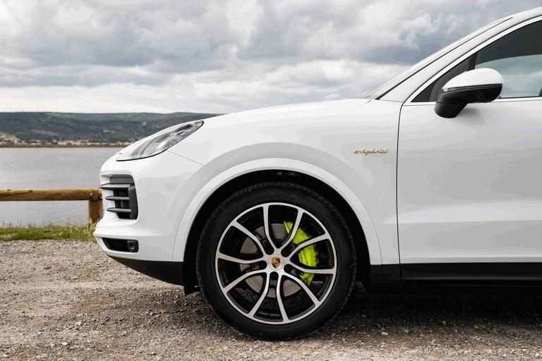 2019 Porsche Cayenne E-hybrid 491451