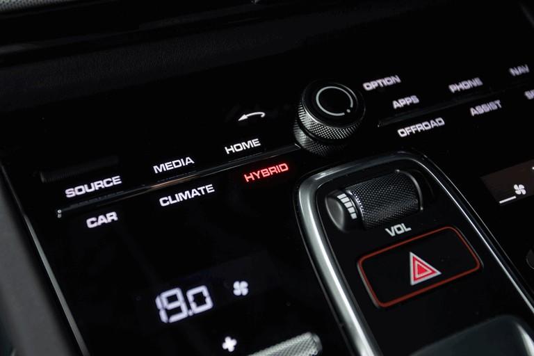 2019 Porsche Cayenne E-hybrid 491472