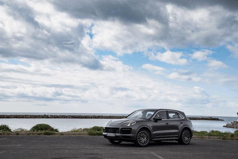 2019 Porsche Cayenne E-hybrid 491579