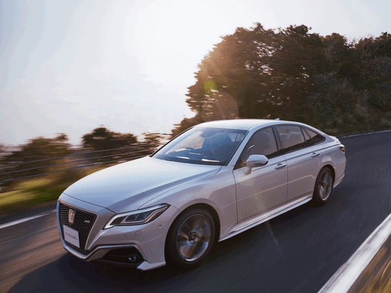 2018 Toyota Crown RS Advance 504659