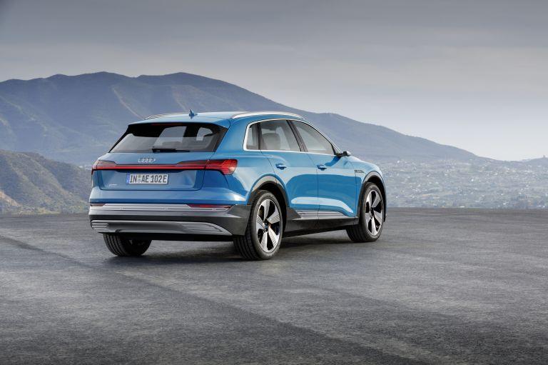2019 Audi e-Tron 524912