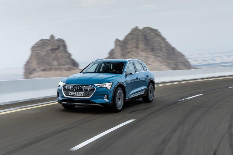 2019 Audi e-Tron 524955