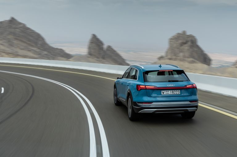2019 Audi e-Tron 524974