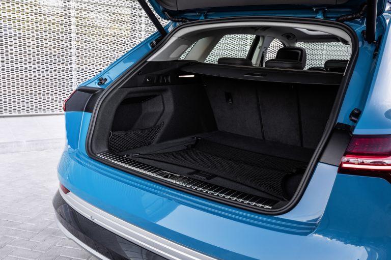 2019 Audi e-Tron 524995