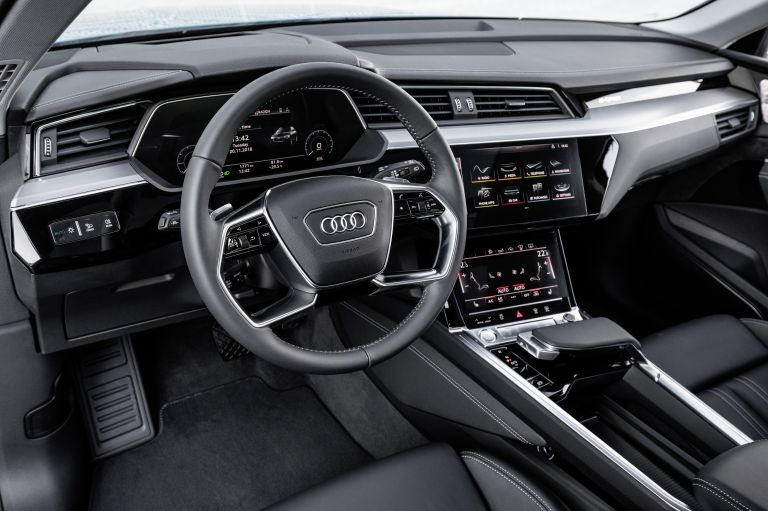 2019 Audi e-Tron 525007