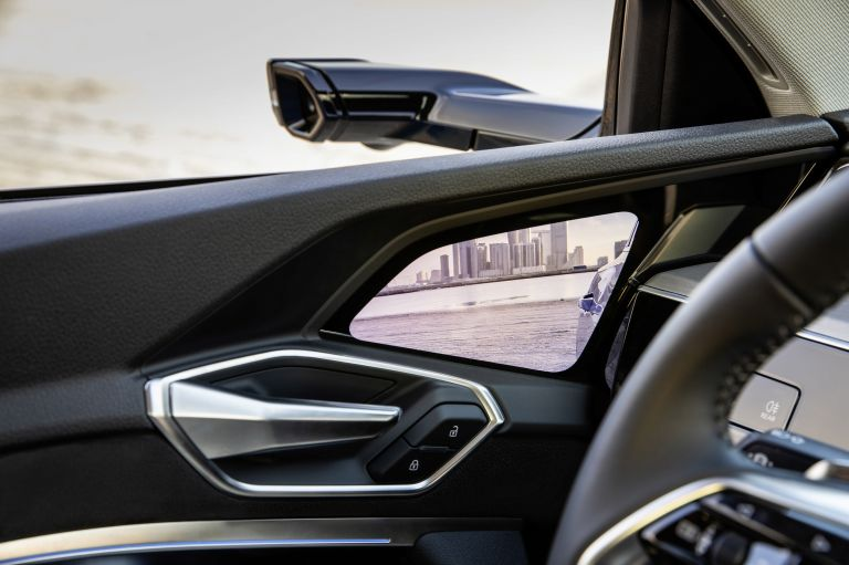 2019 Audi e-Tron 525008