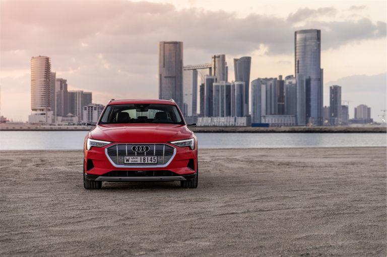 2019 Audi e-Tron 525030