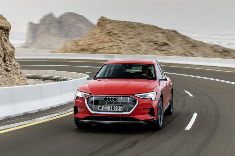 2019 Audi e-Tron 525033