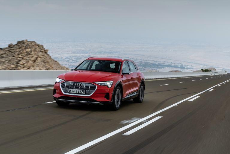 2019 Audi e-Tron 525034