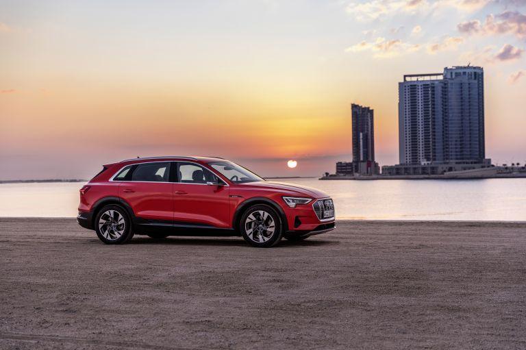 2019 Audi e-Tron 525039