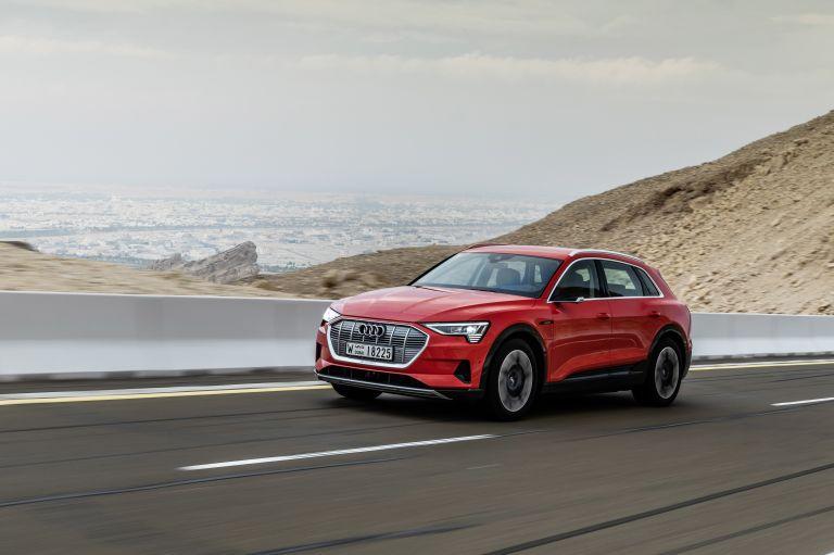 2019 Audi e-Tron 525047