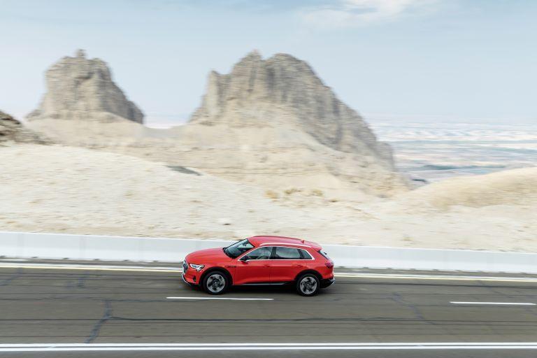 2019 Audi e-Tron 525066