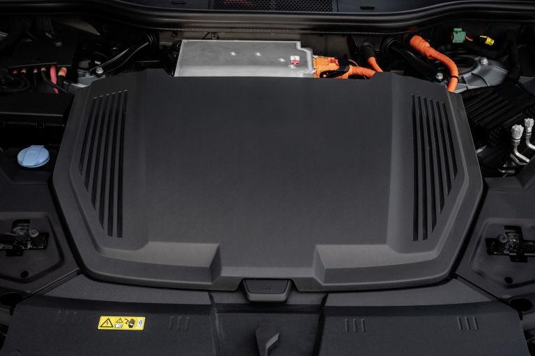 2019 Audi e-Tron 525073