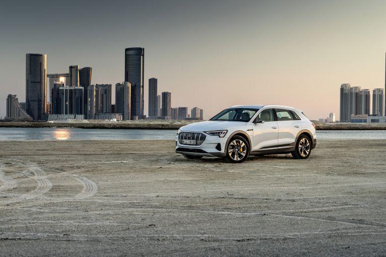 2019 Audi e-Tron 525105