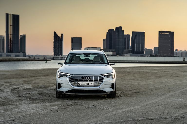 2019 Audi e-Tron 525109