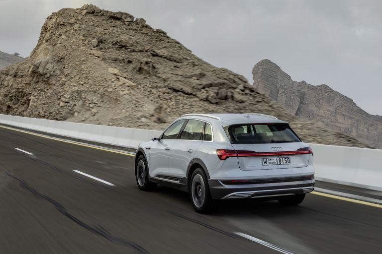 2019 Audi e-Tron 525118