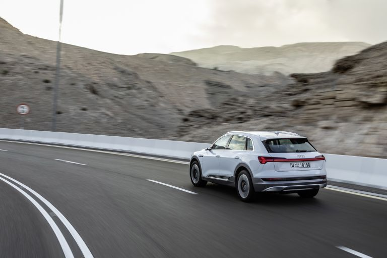 2019 Audi e-Tron 525121