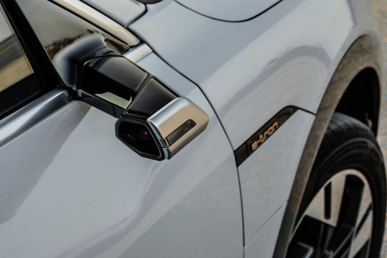 2019 Audi e-Tron 525130