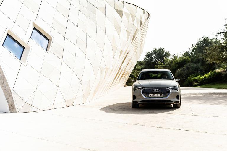 2019 Audi e-Tron 525175