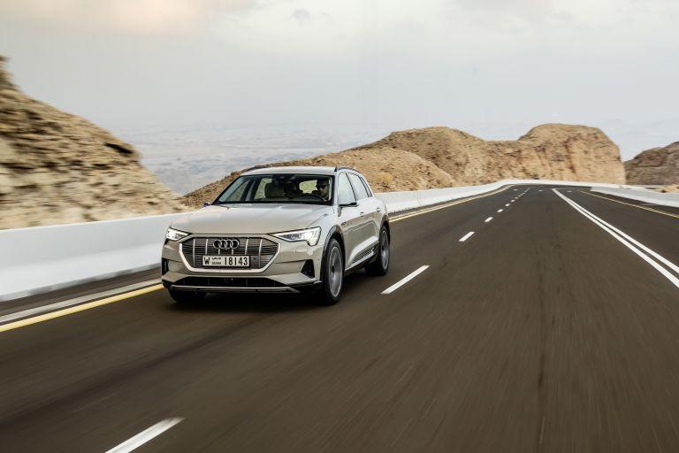 2019 Audi e-Tron 525217