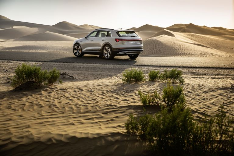 2019 Audi e-Tron 525230