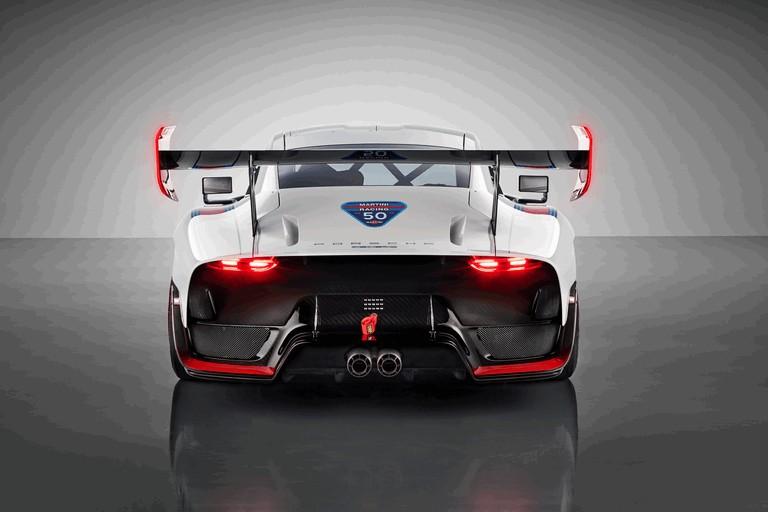 2019 Porsche 935 511829