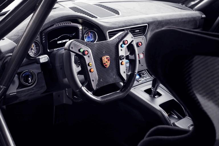2019 Porsche 935 511834