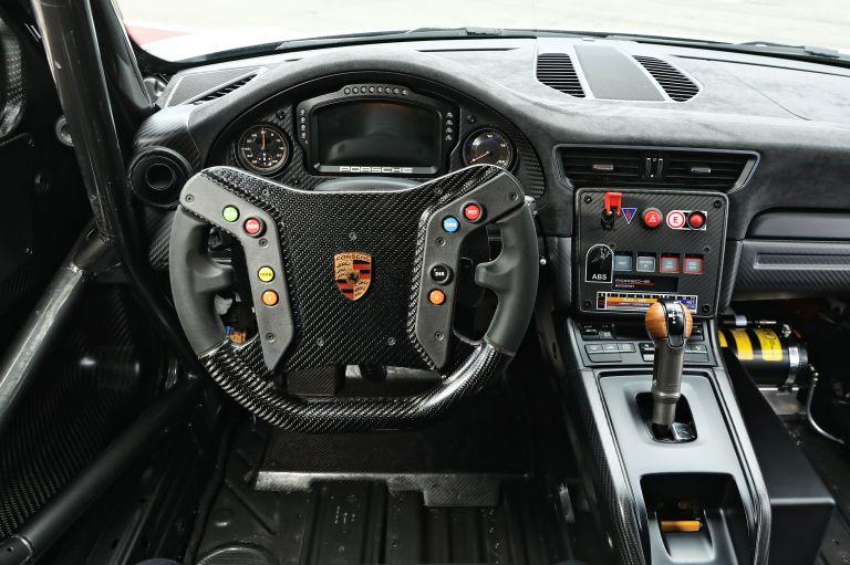 2019 Porsche 935 554078