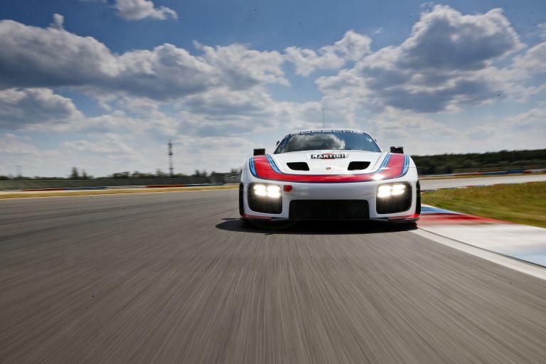 2019 Porsche 935 554303