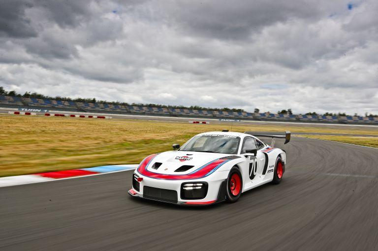 2019 Porsche 935 554309