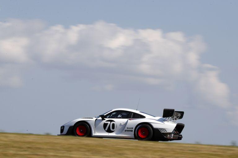 2019 Porsche 935 554316