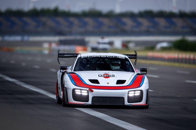2019 Porsche 935 554337