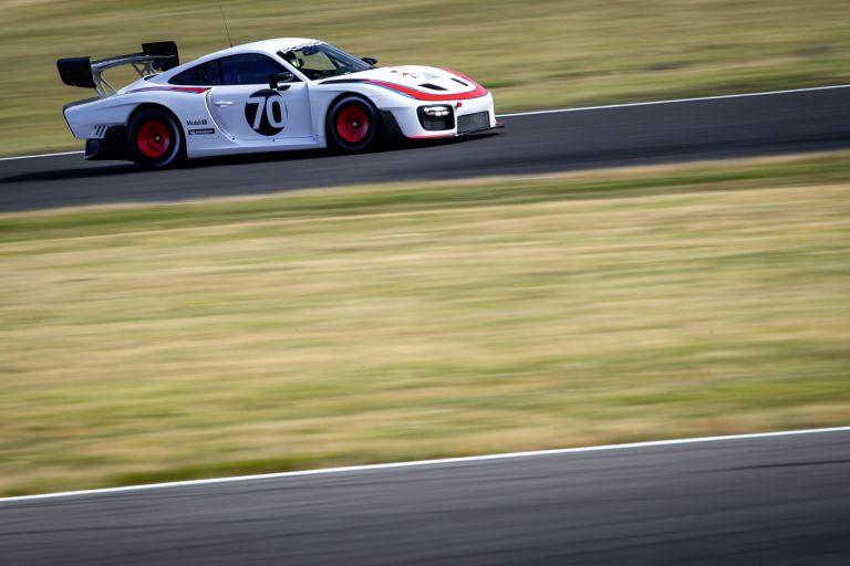 2019 Porsche 935 554343