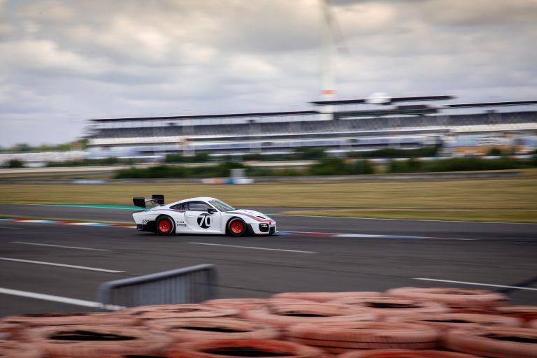 2019 Porsche 935 554345