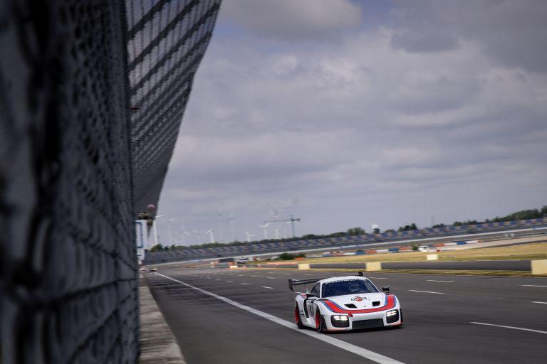 2019 Porsche 935 554346