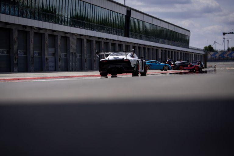 2019 Porsche 935 554348