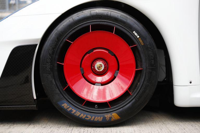 2019 Porsche 935 554372