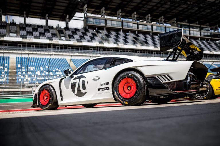 2019 Porsche 935 554375