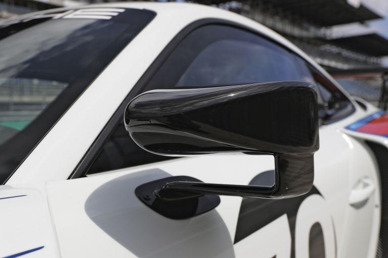 2019 Porsche 935 554380
