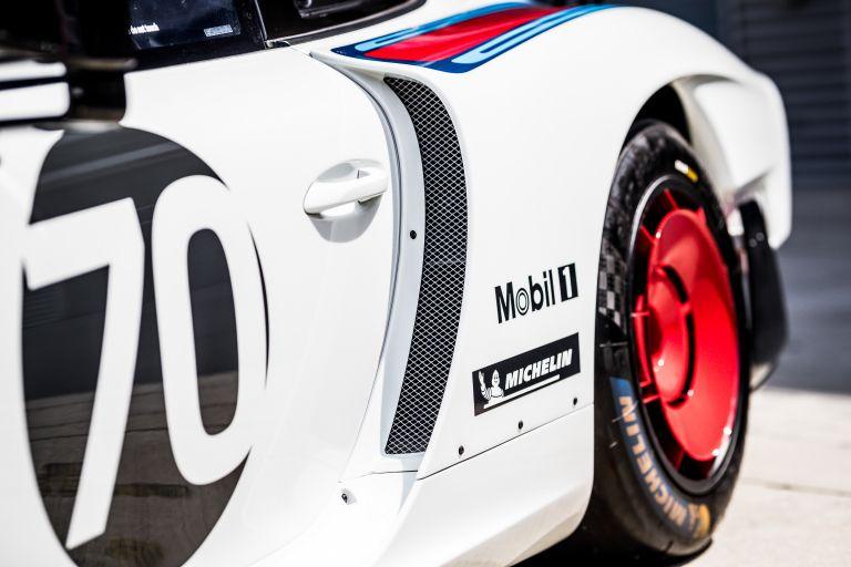 2019 Porsche 935 554389