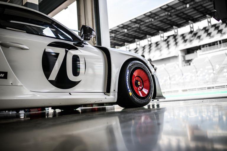 2019 Porsche 935 554395