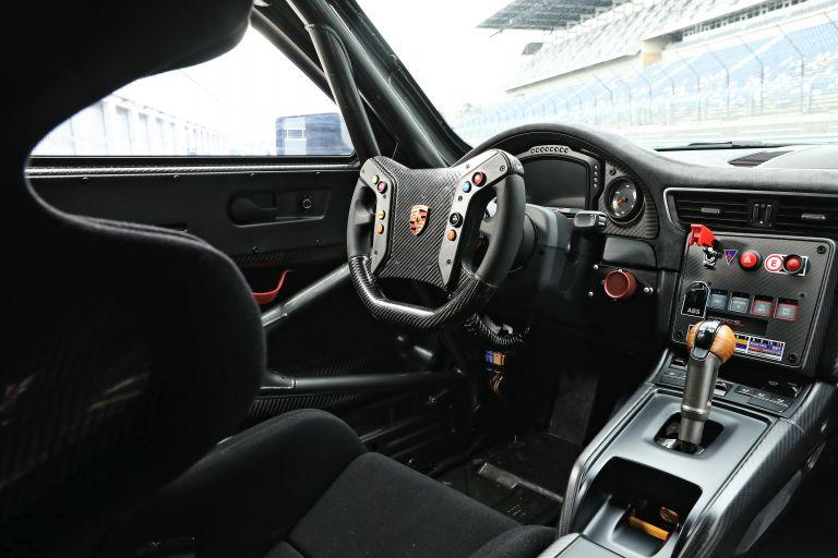 2019 Porsche 935 554400
