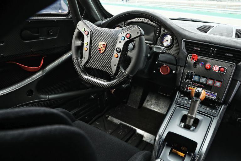 2019 Porsche 935 554402