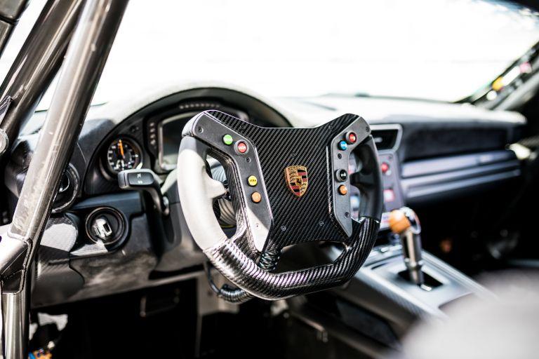 2019 Porsche 935 554406